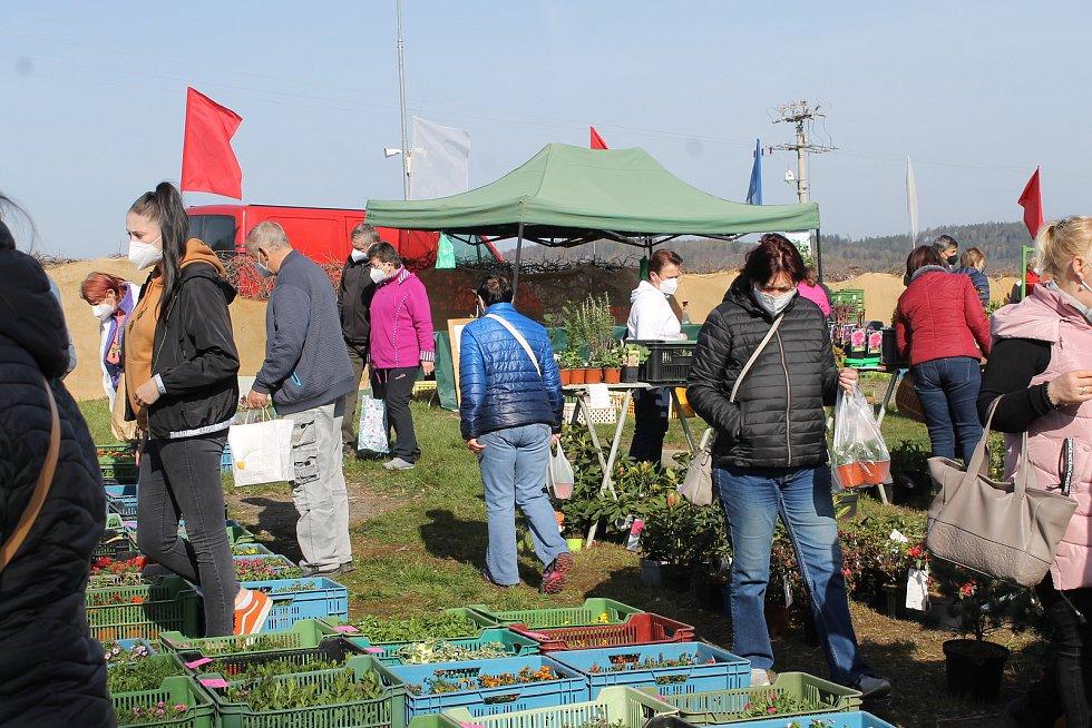 Farmářský trh Votice.