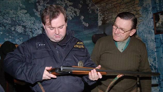 Hospodáři musí policistům nahlásit všechny plánované hony.