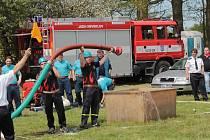 Soutěž v požárním sportu neveklovského hasičského okrsku.