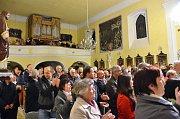 V rámci oslav vlašimské Farní charity vystoupil ve Vlašimi Spirituál Kvintet.