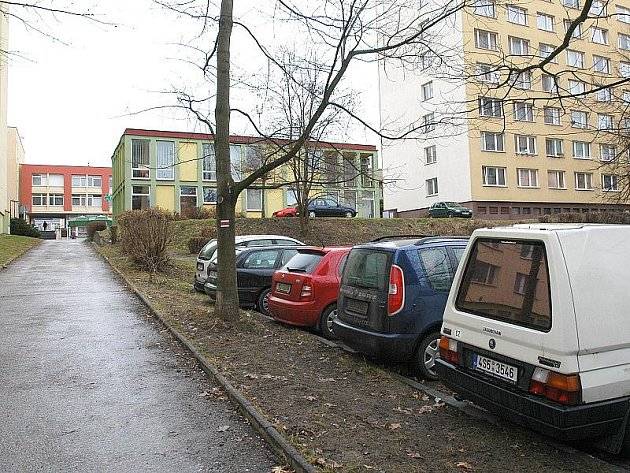 Právě tady vyroste nové parkoviště pro 70 aut.