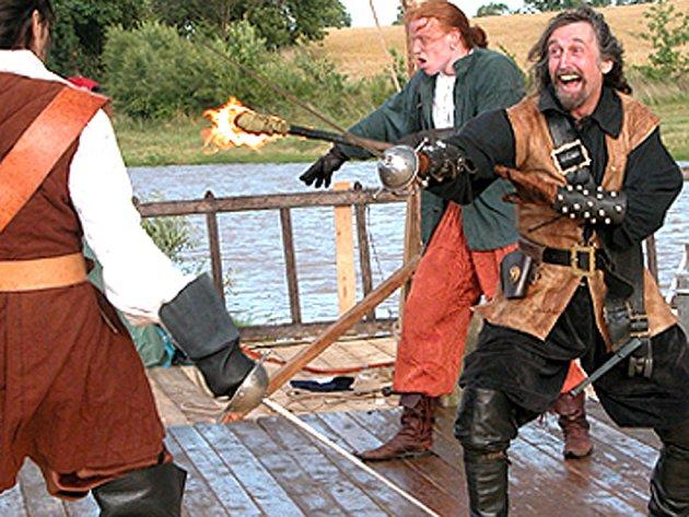 Piráti v Drahňovicích.