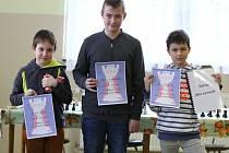 První tři hráči celkového pořadí – zleva Jakub Vojta, David Zvolenský a Filip Růžička.