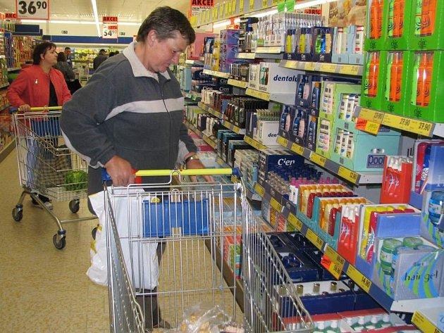 V Týnci nad Sázavou konečně otevřeli supermarket Lidl