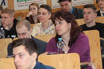 Studenti středních škol z Benešovska a sousedních okresů se prezentovali se svými pracemi v oblasti úspory energií a využívání jejich obnovitelných zdrojů.