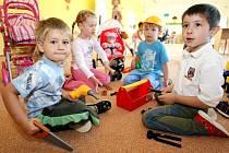 Některé mateřské školy budou muset část dětí odmítnout.
