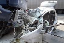Tragická dopravní nehoda na silnici I/3 u Senohrab.