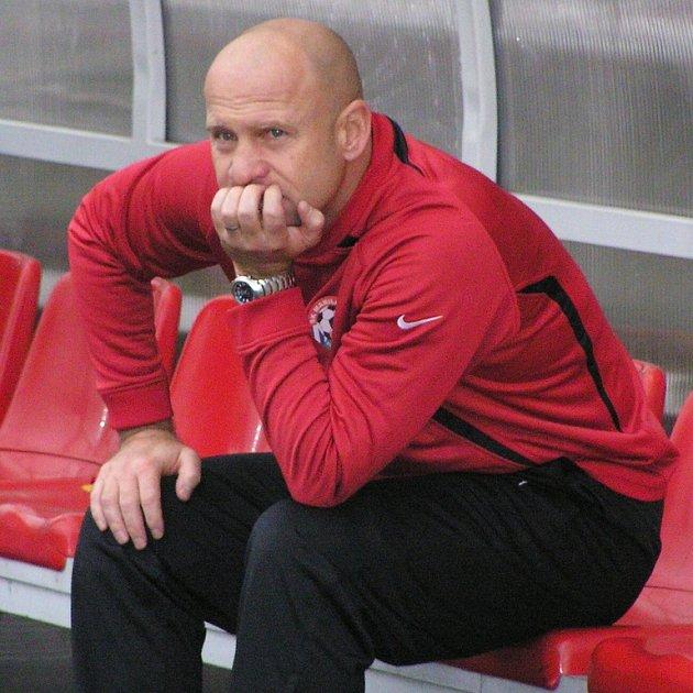 Trenér Votic Ivan Pihávek