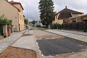 Po téměř roce se obyvatelům Votic zpřístupní Tyršova ulice.