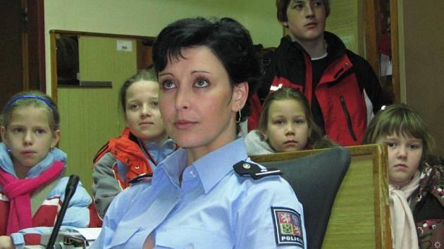 Ve středu 4. února se nejlepší postupičtí školáci přijeli podívat do benešovského obvodního oddělení