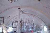Z prací na rekonstrukci kostela a fary v Klášteře Sázava.