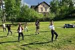 Projekt Kopretina: komplexní program pro ohrožené děti a jejich rodiny na Benešovsku.