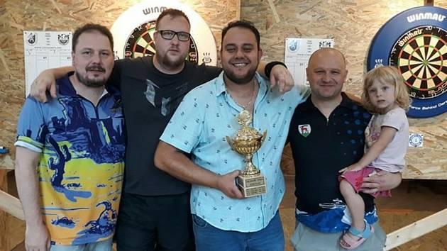 Turnaj v šipkách Mezihoří Open pořádá každý rok Darts klub Mezihoří.