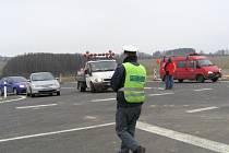 Část dálnice D3 mezi Táborem a Meznem museli policisté uzavřít.