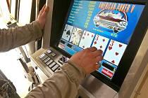 Benešov si hodlá posvítit na výherní automaty.
