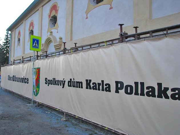 Expozice ve zrekonstruované barokní sýpce u hlavní silnice  I/3 uprostřed Olbramovic je přístupná ve středu od 15 do 18 hodina a v sobotu i v neděli od 13 do 16 hodin  do poloviny  května.