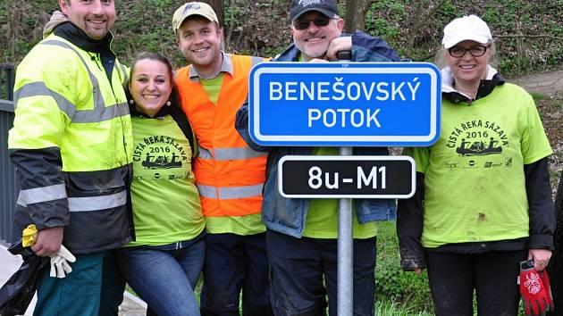 Čištění Benešovského potoka.