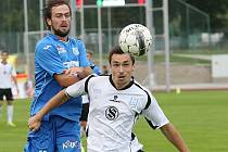 V Ústí nad Labem Vlašim (v bílém Jaroslav Starý, který zápas nedohrál) prohrála 0:2, a tak neposkočila do čela tabulky.