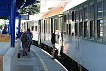 Čerčany, výstavba koridoru přinesla cestujícím pokrok. Ve stanici stavějí rychlíky.