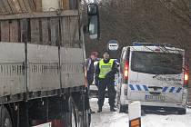 Dopravně bezpečnostní akce policie a celníků.
