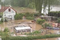 Také obyvatele Louňovic pod Blaníkem někdy hodně potrápí řeka Blanice.