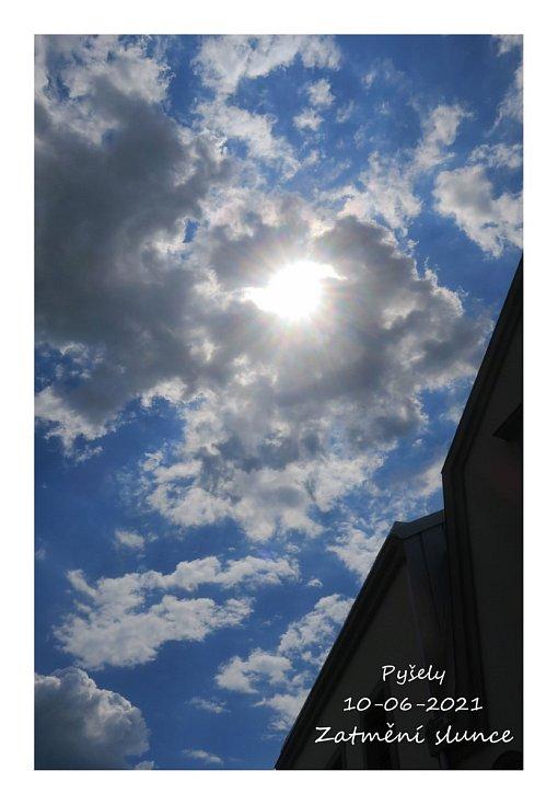 Částečné zatmění slunce 10. června v Pyšelích.