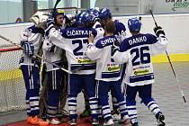 1. finále hokejbalové extraligy Vlašim - Kladno 4:3.