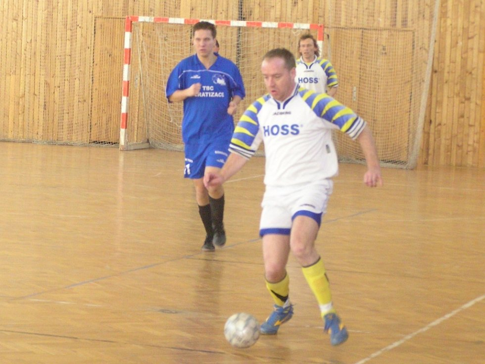 Josef Matoušek (hráč s míčem)