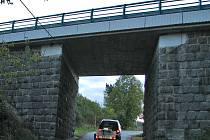 Stav mostu na silnici I/18 u Kosovy Hory v pondělí 8. října v 7.23 hodin.