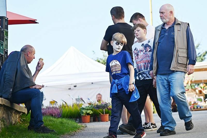 Svatováclavské slavnosti v Louňovicích pod Blaníkem.
