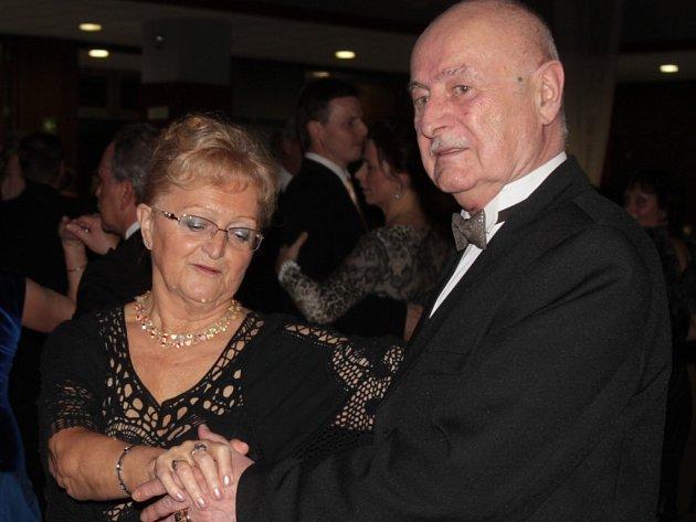 Ples města Benešov zahájil letošní plesovou sezónu.