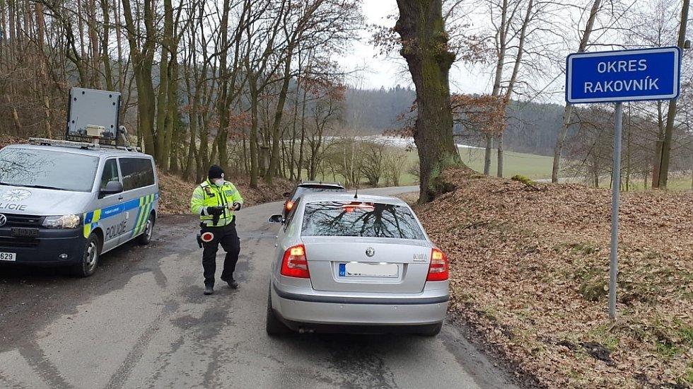 Policejní kontrola v době takzvaného lockdownu vyhlášeného Vládou ČR.
