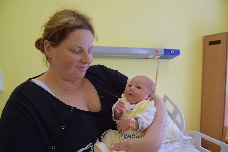 Barbora Šilínková se manželům Michaele a Jiřímu narodila v benešovské nemocnici 30. dubna 2021 v 9.00 hodin, vážila 3100 gramů. Doma v Kamenném Přívoze má sestřičku Elišku (10).