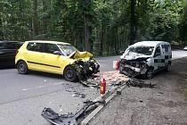 Nehoda dvou aut u Konopiště.