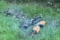 Při dopravní nehodě na I/3 u Hostišova došlo k letošnímu osmému a devátému smrtelnému zranění.