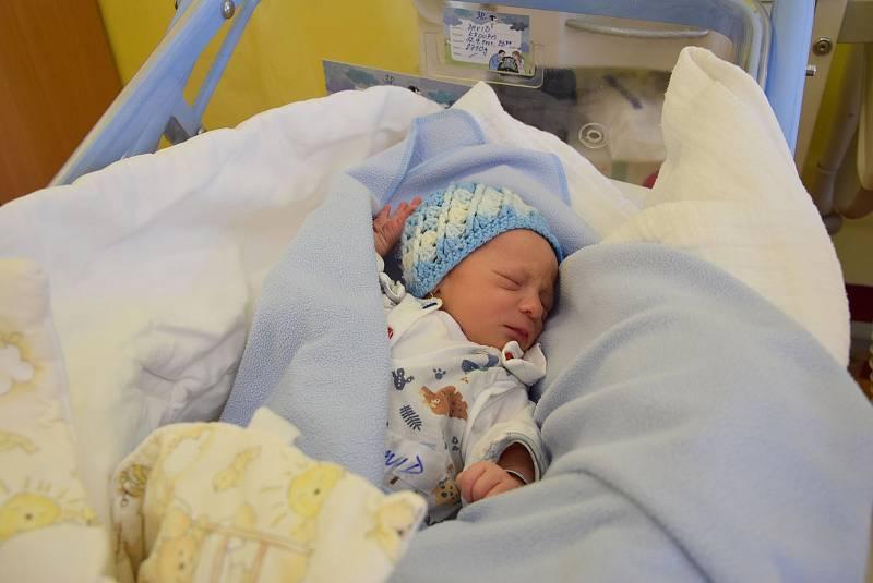 David Kroupa se Lence Cikánové a Davidu Kroupovi narodil v benešovské nemocnici 12. září 2021 22.39 hodin, vážil 2710 gramů. Rodina bydlí v Benešově.