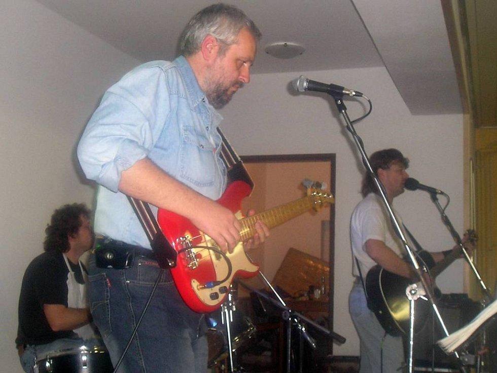 Franťák Rock zahraje při Mikulášské zábavě pro vytrávení