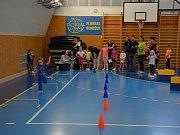 Mikulášské závody v dětské atletice uspořádalo Mateřské centrum Hvězdička v Benešově.