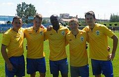 Střelci Benešova. Zleva Martin Turek, Luboš Balata (dvakrát), Stanley Ibe, Josef Laštovka, Michal Kučaba.