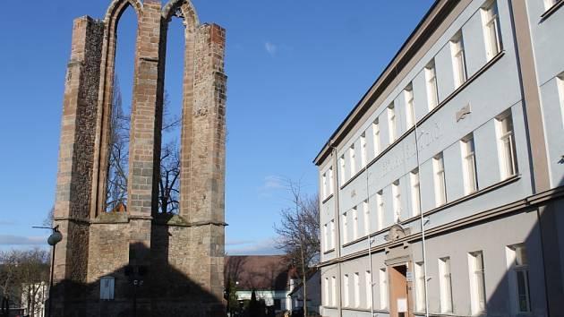 Nejstarší část Benešova s torzem minoritského kláštera.