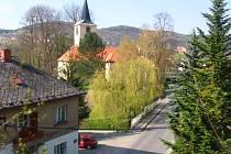 Do 14. července je neprůjezdná silnice mezi Sázavou a Dojetřicemi.
