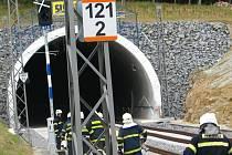 Cvičení složek IZS v Zahradnickém tunelu.