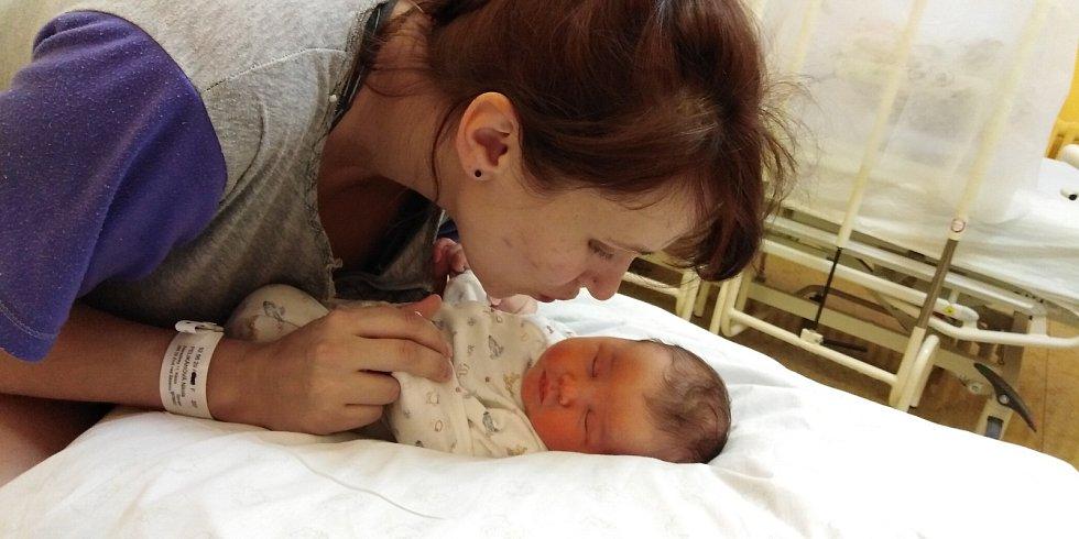 Sofie Paneová přišla na svět 22. února 2021 v 9. 38 hodin v čáslavské porodnici. Vážila 3970 gramů a měřila 53 centimetrů. Doma ve Zderadinkách se z ní těší maminka Nikola, tatínek Artur a tříletá sestřička Stellinka.
