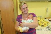 Manželé Lucie a Ondra Mecovi se od 15. dubna radují z prvorozené dcerky Štěpánky Mecové. Ta při narození v 16.41 vážila 3 010 gramů a měřila 49 centimetrů. Rodina společně žije v Benešově.