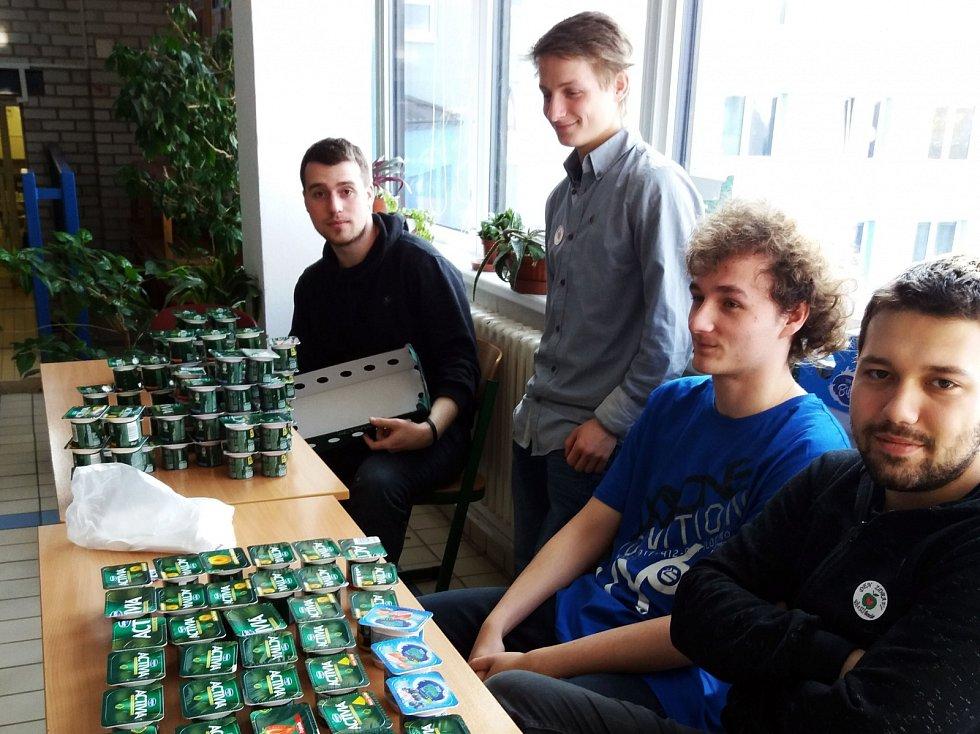 Studenti z benešovské střední školy se jeden den nemuseli učit. Absolvovali totiž projekt Den zdraví.