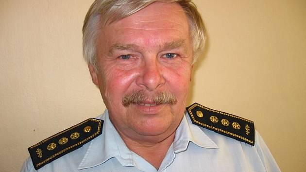 Starosta okresního a krajského sdružení hasičů Josef Páv.