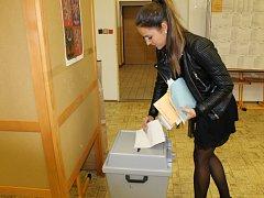 Ve vlašimském gymnáziu volili lidé v rámci okrsku 7 a 10.
