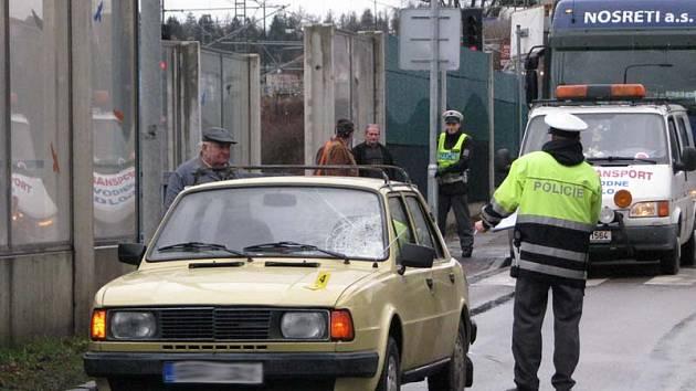 První letošní smrtelná nehoda na silnicích Benešovska se stala ráno 4. ledna u přechodu v Hodějovského ulici.