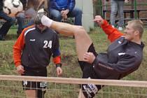 Technicky vybavený univerzál Jiří Holub byl u tří vítězných zápasů Šacungu v extraligovém utkání se Vsetínem.