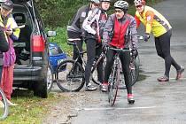 Černoleskou časovku, jak dokládá snímek, lze jet na silničním i horském kole.